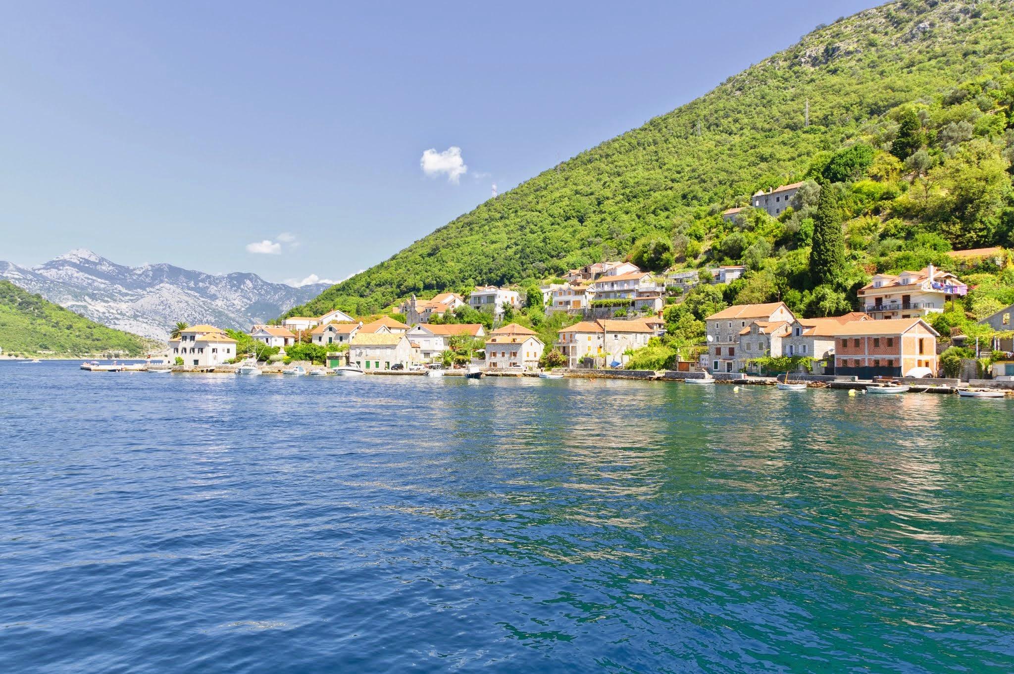 Безвизовая Черногория для наших туристов